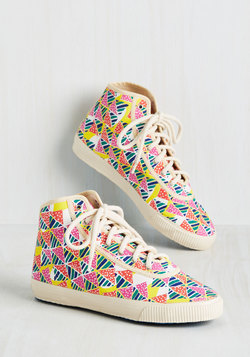 Everyday Energetic Sneaker in Geometric