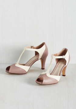 Going to Gait Lengths Heel in Mauve