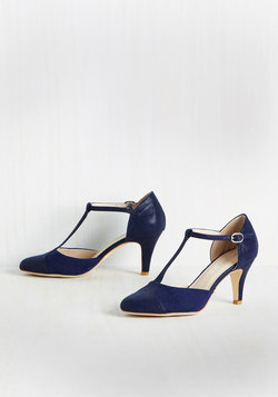 Mambo's My Motto Heel