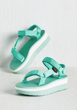 I Wanna Walk With You Sandal in Marled Mint