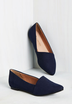 A Roll of the Diagonal Loafer in Navy