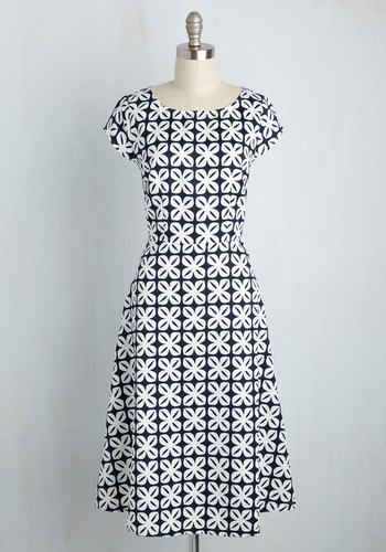 Agile Employee Dress $79.99 AT vintagedancer.com