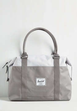 Places to Be Weekend Bag in Grey
