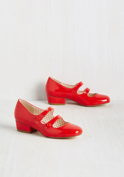 Kicks of the Trade Heel in Scarlet