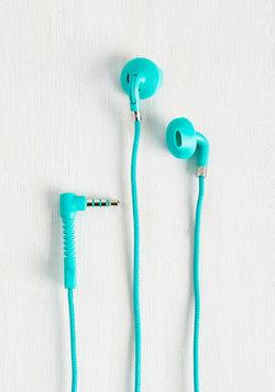 Hear Me Haute Earbuds in Caribbean