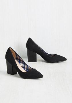 Sashay Con Leche Heel in Black