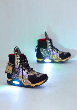 Return of the Jaunty Sneaker