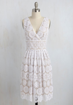 Blockbuster Debut Lace Dress
