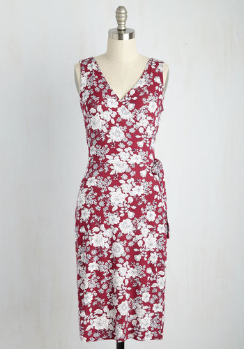 Introduction Luncheon Dress in Berry