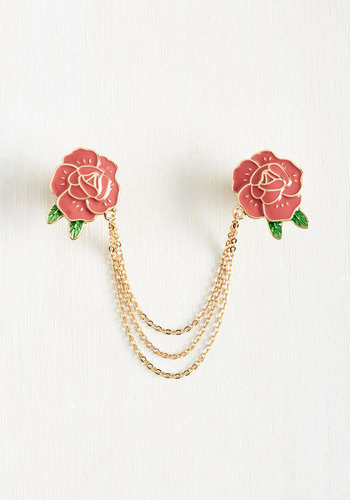 Vintage Style Jewelry, Retro Jewelry Make Bloom for Me Collar Pin $19.99 AT vintagedancer.com