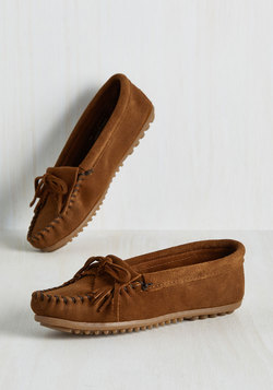 Fundamental Footwork Suede Flat in Chestnut