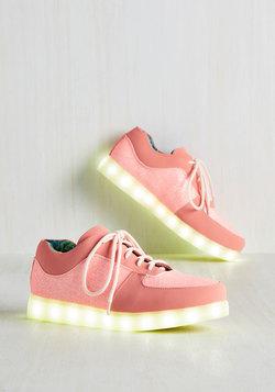 Vamoose Maxima Sneaker