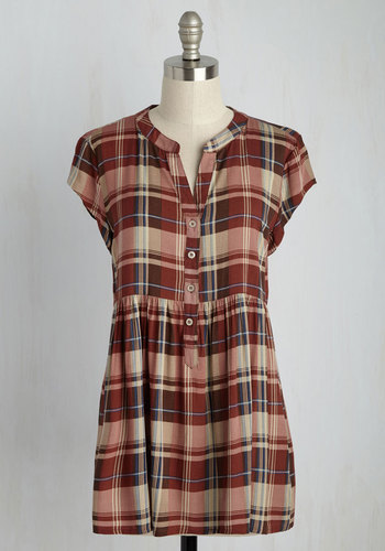 Eccentric Collector Top in Red Plaid - Cap Sleeves