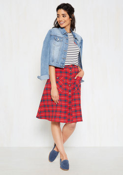 Swap Meet Sweetheart Midi Skirt in Crimson Plaid
