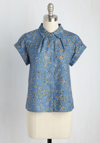 In Living Scholar Button-Up Top T33081