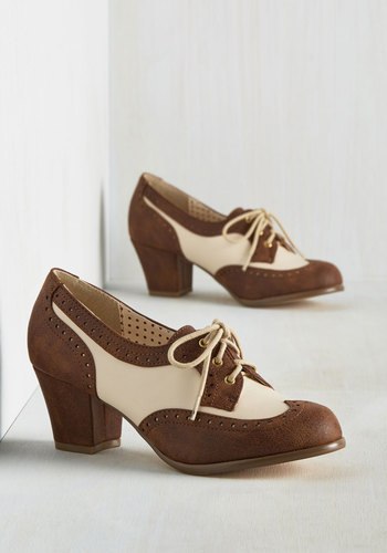 Oxford Comment Heel in Cocoa $71.99 AT vintagedancer.com