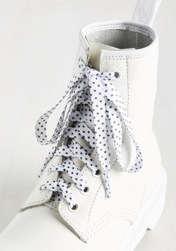 Shoreditch Effort Shoelaces in White Dots