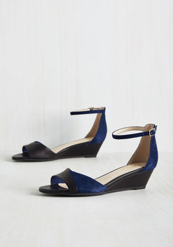 Coalition Leather Wedge in Navy