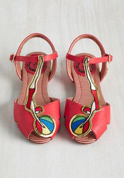 High-Fashion Dive Sandal
