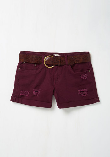 Canoes Flash Shorts in Beet