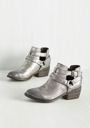 Skip a Beat Booties in Pewter