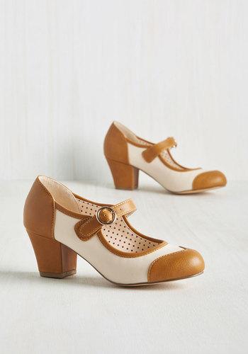 1920s Style Shoes Referential Treatment Heel $68.99 AT vintagedancer.com