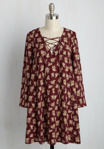 Do the Eclectic Slide Shift Dress - Red, Tan / Cream, Floral, Print, Casual, Boho, Shift, Long Sleeve, Fall, Woven, Better, Short
