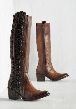 Genre Queen Leather Boot