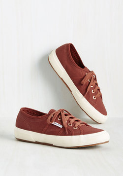Active Kindness Sneaker in Clay