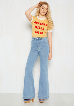 Melbourne to Be Free Jeans in Light Wash