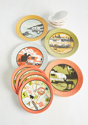 Rock the Abode Plate Set