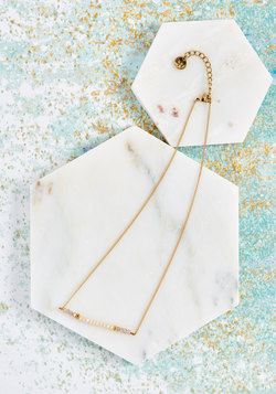 Rays the Bar Necklace in Ivory