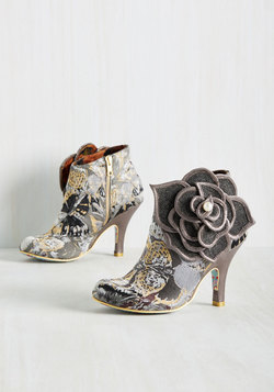 The Frills are Alive Bootie