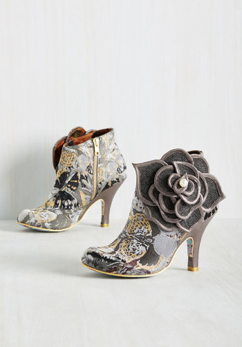 The Frills are Alive Booties