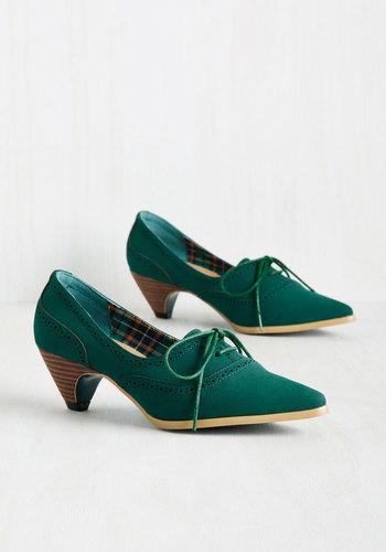 Exam Day Elegance Heel in Emerald