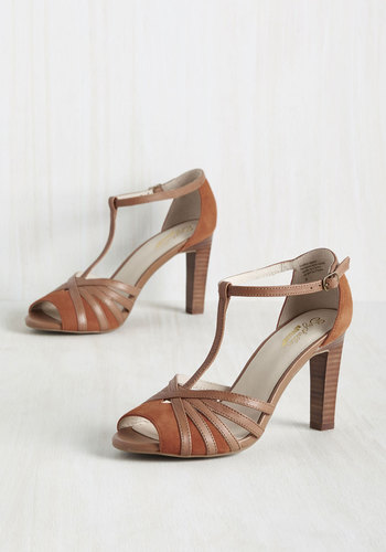 1930s Style Shoes Lap Heel in Adobe $99.99 AT vintagedancer.com