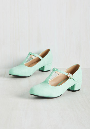 1950sStyleShoes On the Edge of Your Sweet Heel in Mint $49.99 AT vintagedancer.com