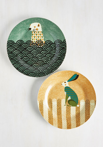 Wild the Gettin's Good Plate Set in Otter Hare - Large