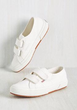 If You Got It, Jaunt It Sneaker in Cloud