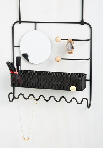 Primped Out Jewelry Organizer