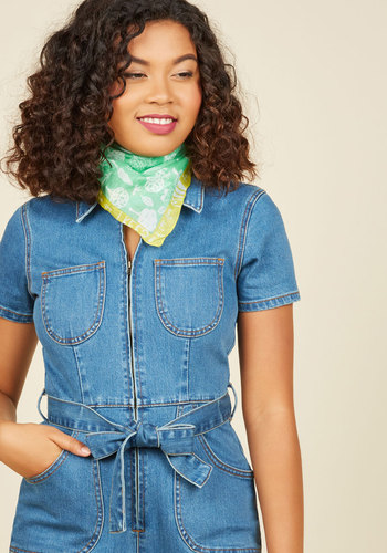 Grow into Detail Scarf