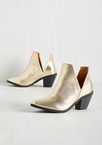 Wishing You the Very Zest Booties in Gold