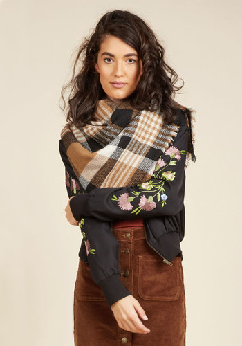 Loch and Key Scarf In Brown Plaid