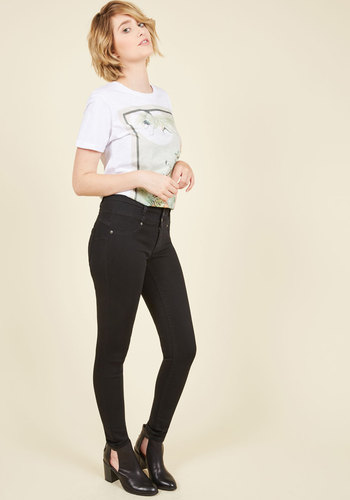 Stun the Show Jeans