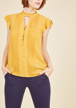 Zeal Studies Button-Up Top in Goldenrod