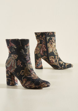 What Comes to Stride? Boot in Tapestry