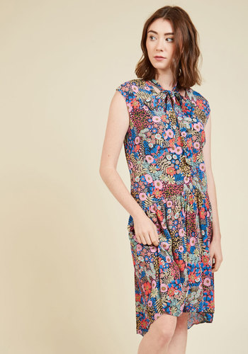 Satisfaction of the Matter Floral Dress by Closet London - Multi, Blue, Floral, Print, Work, Daytime Party, Vintage Inspired, 70s, A-line, Sleeveless, Fall, Woven, Best, Mid-length, Tie Neck, Drop Waist