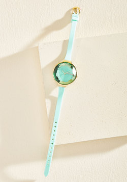 The Bevel Is in the Details Watch in Mint