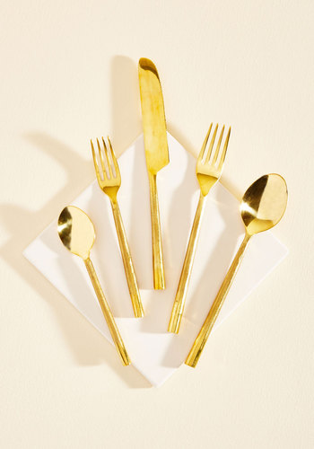 Take a Dine to It Cutlery Set