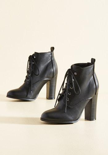 Romp to Victorian Booties in Black